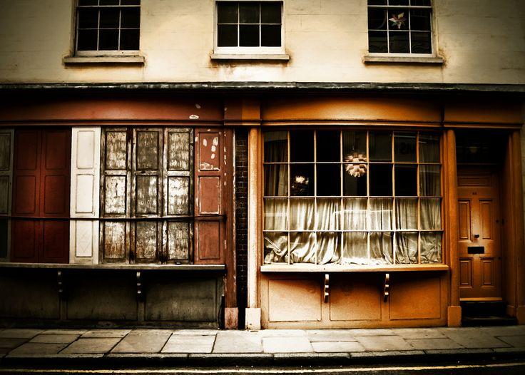 https://flic.kr/p/bkSASa | London, December 2011. | Old London Shop Frontage.
