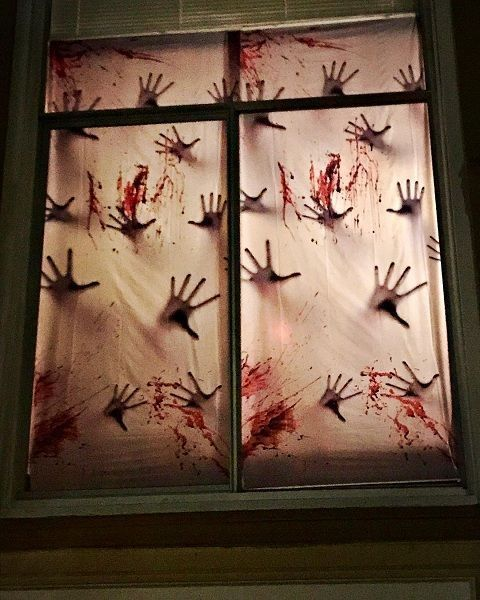 53 Unique Halloween Window Decoration Ideas You Don't Want to Miss