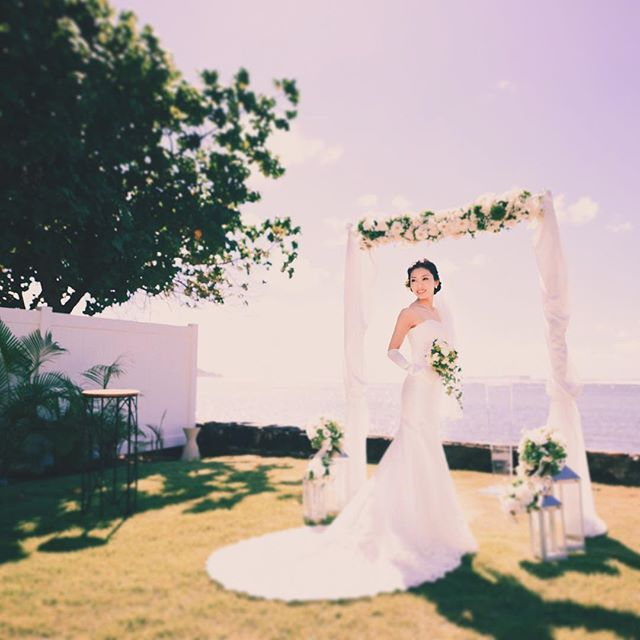 Back at it Insta-fam. Looking forward to 2018 & beyond. Lets go 行きましょう  @fotogenica_hawaii  @bestbridalhawaii  @bestbridal_overseas . . . #tmjphoto #travel #shesaidyes #modernwedding #weddingwire #theknot #weddingchics #weddingwednesday #gettingmarried #ハワイ前撮り #ハワイ後撮り #ハネムーン #ハワイウエディング #ウェディングニュース #fotogenica  #フォトジェニカ #プレ花嫁卒業 #おしゃれ花嫁 #旅行 #エンゲージメントフォト #ファインダー越しの私の世界 #ヘアメイク #写真好きな人と繋がりたい #写真好き  #卒花嫁 #プレ花嫁 #結婚式写真 #カメラ女子 #海外ウェディング