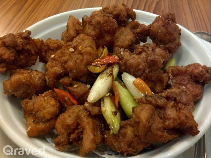 Ayam Goreng Dengan Bawang Putih at Nan Xiang & Shanghai Cuisine Senayan City