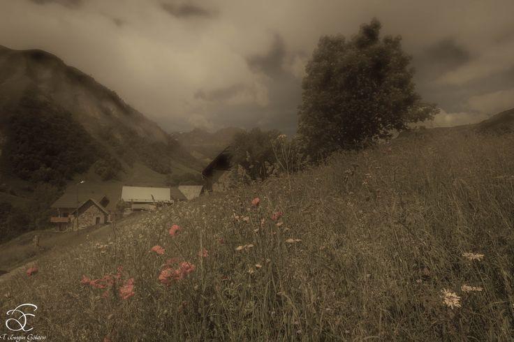 "Old Days - <a href=""https://www.instagram.com/benowmehere/"">|INSTAGRAM|</a> <a href=""https://www.facebook.com/engin.gokten"">|FACEBOOK|</a>  Alps' old days…Always magical… Eski zamanlarda Alpler….Demekki her zaman sihirliymiş… BeNowMeHere, Savoie, France, 2015"