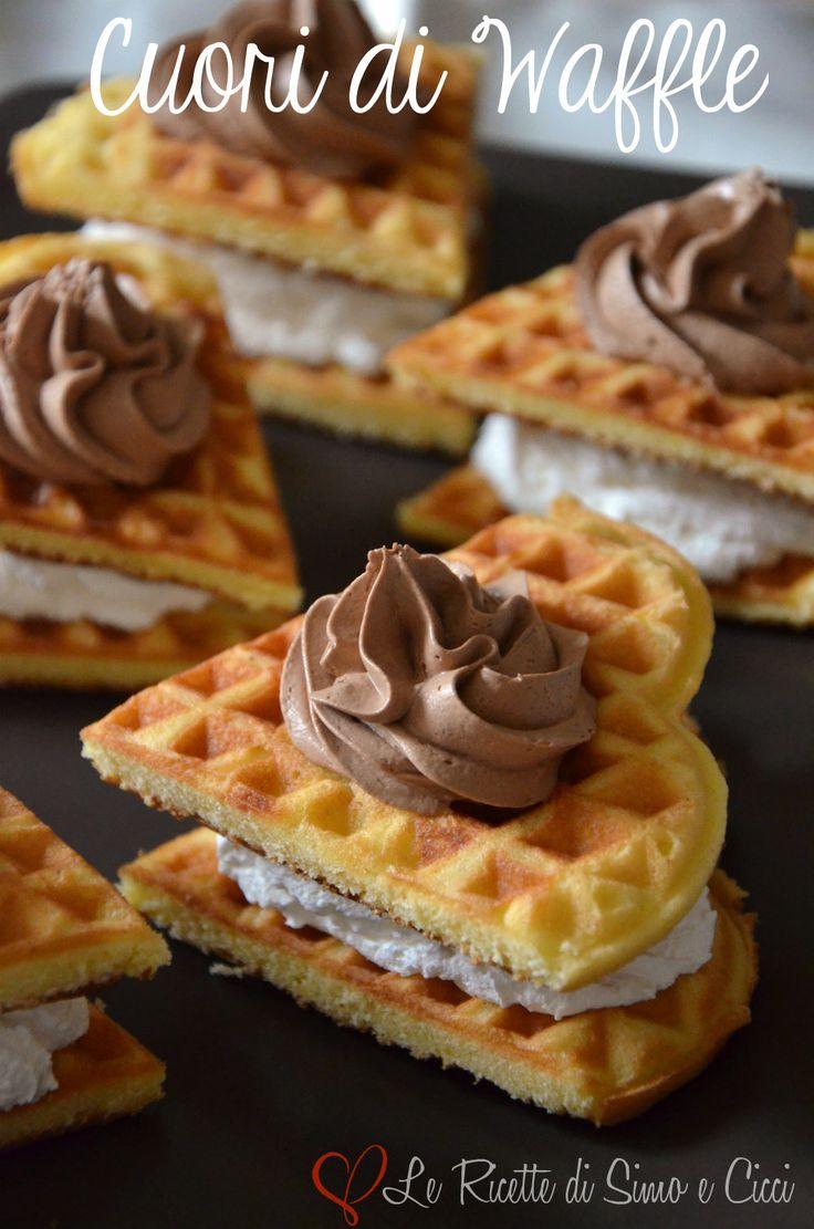 Cuori di Waffle con Mousse al Cioccolato e Panna