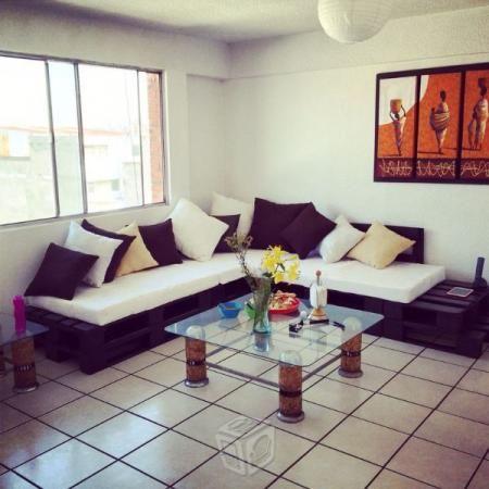 25 b sta id erna om salas de tarimas p pinterest casa for Como hacer muebles para sala