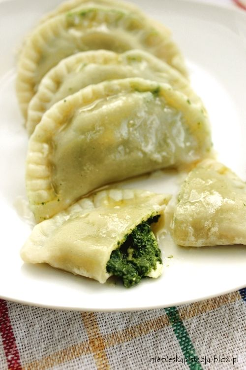 Polish dumplings with Spinach & Feta (Can be translated with Google)