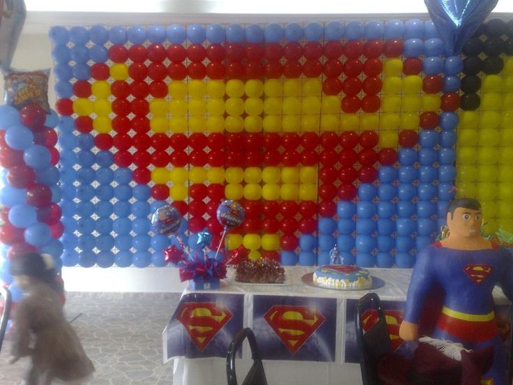 256 best images about superman on pinterest man of steel for Balloon decoration book