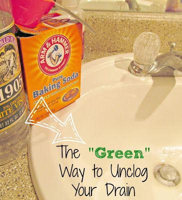 Easy DIY All-Natural Drain Unclogger   It's Always Ruetten    #green #vinegar