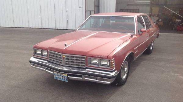Big Red Bonneville: 1977 Pontiac Bonneville Survivor #Survivors #Pontiac - https://barnfinds.com/big-red-bonneville-1977-pontiac-bonneville-survivor/