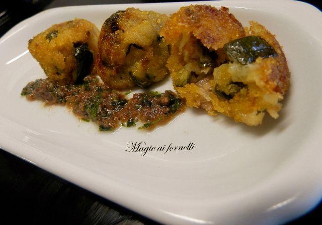 Mignon di tonno e zucchine e salsa di acciughe