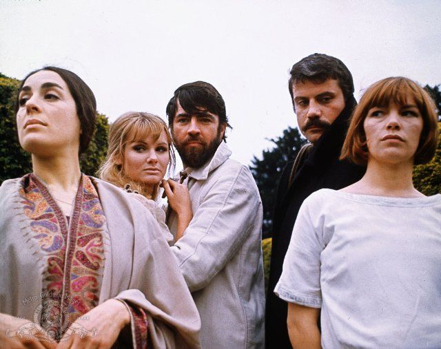 Bron, Linden, Bates, Reed and Jackson in Women in Love (1969)