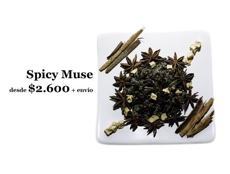 Explosiva y deliciosa mezcla de té verde y especias. Su sabor frutal y vibrante cautiva los sentidos. Ingredientes: Té verde, canela, clavo de olor, anís estrella, manzana deshidratada. Encuentralo en: http://tiendadete.cl/spicy-muse-te-verde/