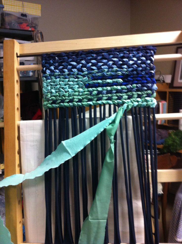 Rag rug weaving Plus
