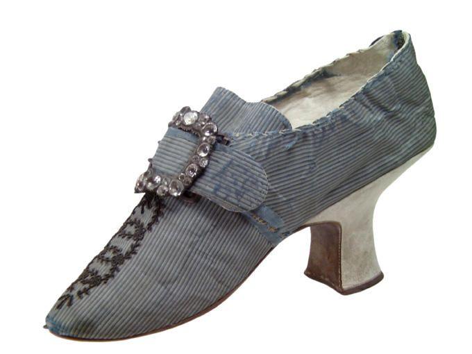 Woman's 1770 shoe. http://www.culture.gouv.fr/Wave/image/joconde/eth/0013/m098621_gguillen34_p.jpg