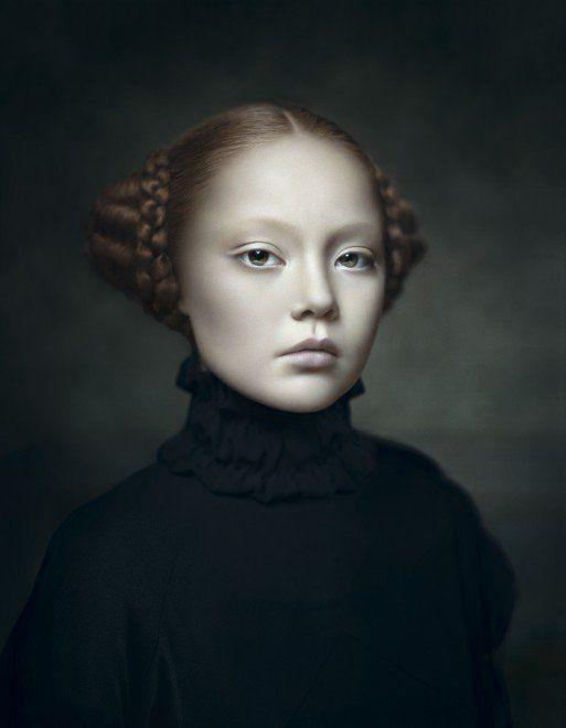 Desiree Dolron est une photographe néerlandaise qui a réalisée ces portraits s'inspirants de la peinture flamande
