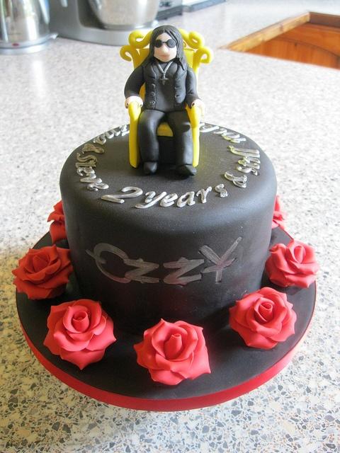 Ozzy Osbourne cake by Rachel Manning Cakes, via Flickr