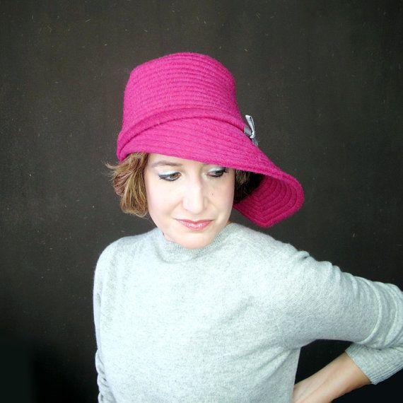Cloche Women Fucsia signore cappello rosa caldo di TerryGraziano