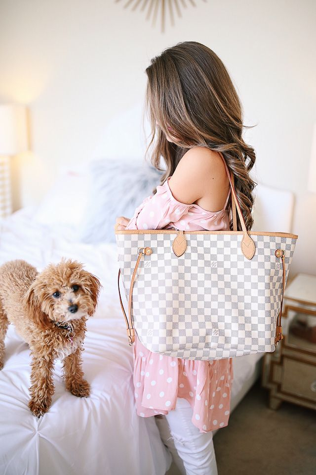 louis vuitton neverfull white. southern curls \u0026 pearls: louis vuitton neverfull review + what\u0027s in my white t