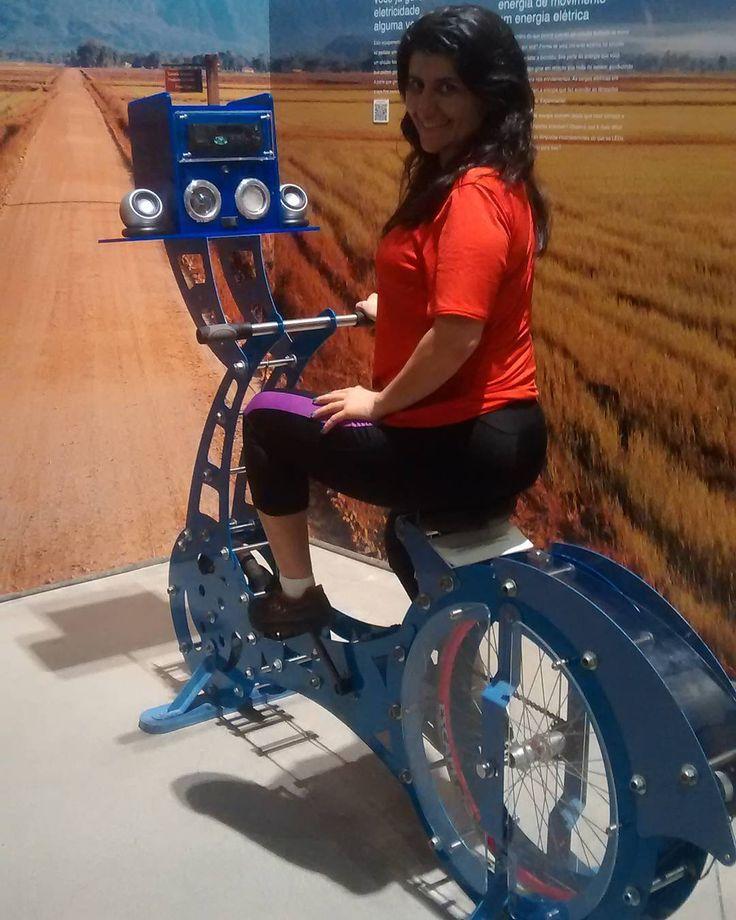 """Instagram picutre by @ga.bynutri: """" Tem que pedalar pra ouvir música """"  #euquero uma bike assim !  Bicicleta que transforma energia do movimento em energia elétrica... Fantástico visitar o #museuweg #dicadeturista #turistei #museu #turistando #sabado #meusroteirosdeviagem #jaraguadosul #sc #viajarépreciso #euamoviajar #santacatarina #bike #bikestagram #instabike #bikelove #stravacycling  #instagrambrasil #bicycleporn #bicycles #ebike #mtur #trip #travelphoto #travel #sabadao - Shop E-Bikes…"""