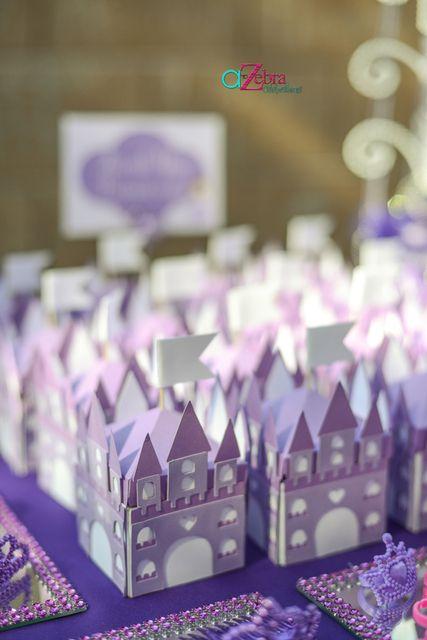 Favors at a Princess Party #princess #partyfavors