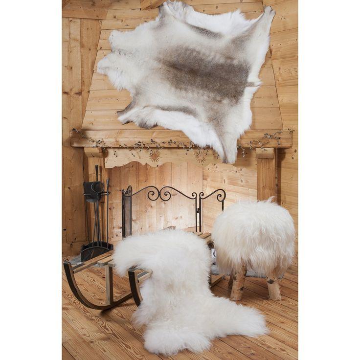 10 id es propos de tapis en peau de vache sur pinterest d cor de tapis en peau de vache. Black Bedroom Furniture Sets. Home Design Ideas