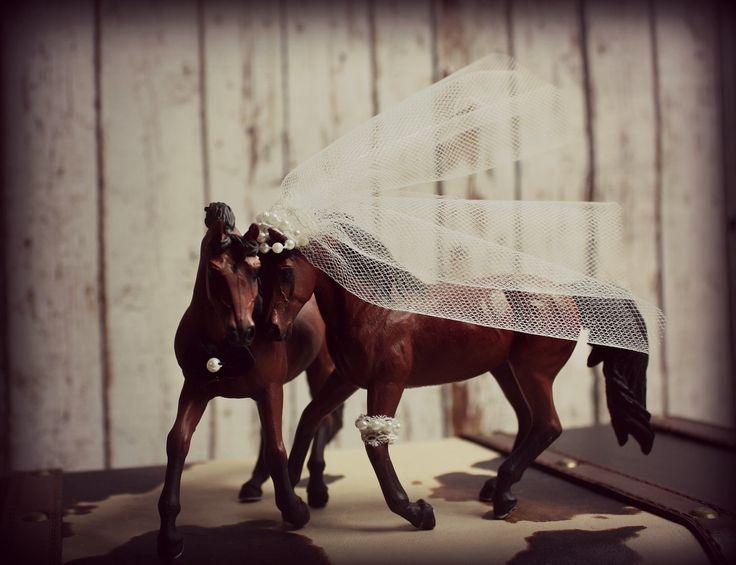 Horse Wedding Cake Topper-Western Cake Topper-Country Western Cake Topper-Cowboy Cake topper. $48.00, via Etsy.