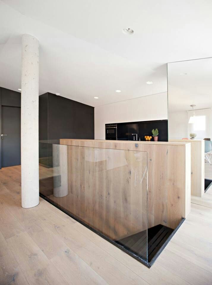 Loving the glass balustrade and the mirrored wall ...