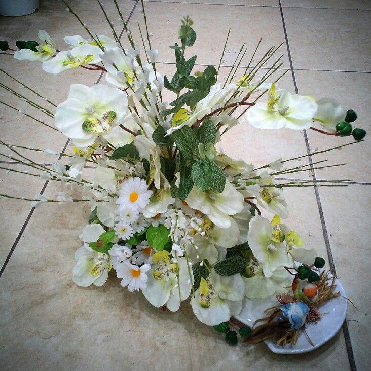Seramik tabakta orkide papatya ve kuşlar