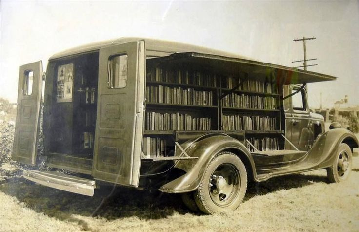 """Old Pics Archive on Twitter: """"A book mobile, ca. 1925 https://t.co/88zOirF288"""""""