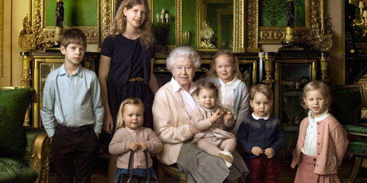 Soha nem látott intim videók a királyi családról