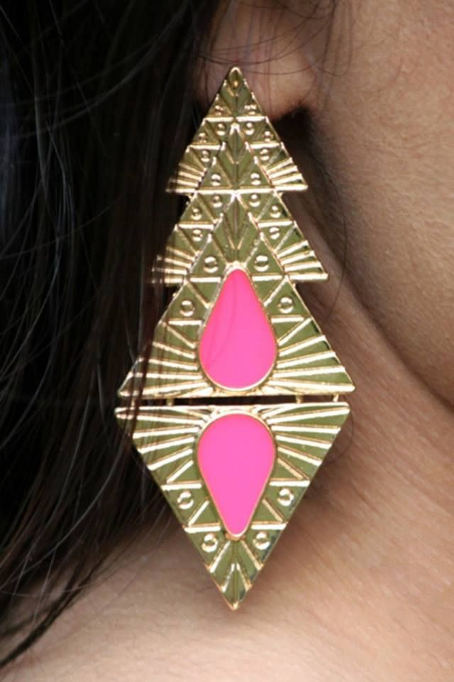Shop on: http://www.lolascloset.in/accessories/pink-gold-luxe-dangle-earrings/p-7367768-25282217357-cat.html#variant_id=7367768-25282217357