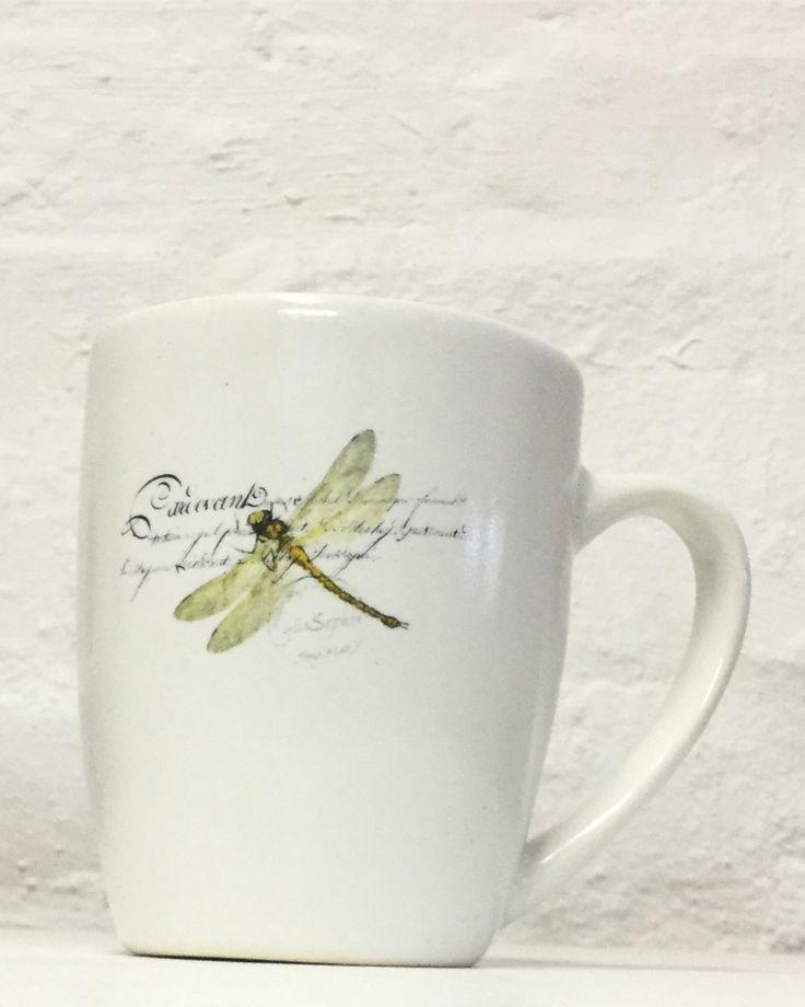 XL ceramic coffee mug with dragonflies