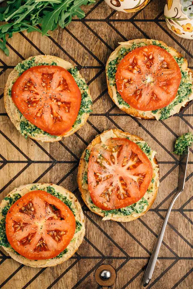 Bagel Thin Pesto Sandwich | via veggiechick.com #vegan