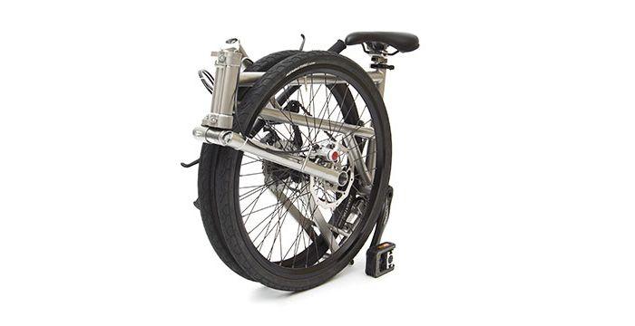ほとんど車輪サイズ。 他のどんな折りたたみ自転車よりも軽くて小さくて安全で簡単と銘打つ、カナダ発のハンドメイド […]