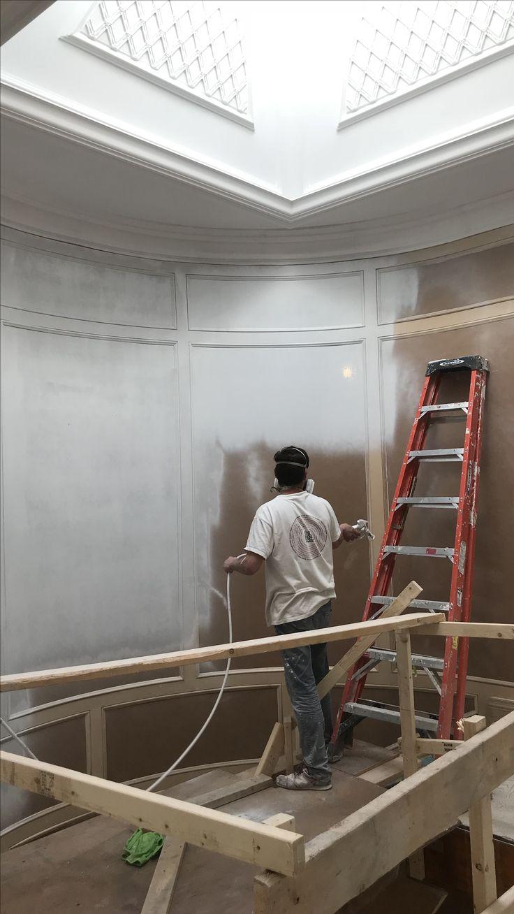 Spraying panels