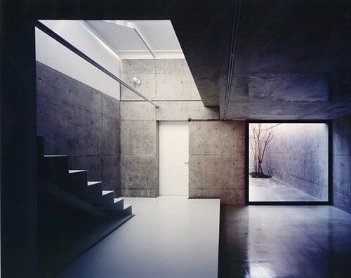 Via thehardt Designed by Katsuyuki Fujimoto Architect & Associates, Oy House in Kyoto, Japan has this courtyard in the interior with an open street view allowing nature to be felt within the house, as as well as the outside house. The gorgeous minimalistic nature of concrete allows for the landscape to be felt from within the home as well. #Japan #japanese #concrete #stairs #staircase #yard #concretehouse #kyoto #asia #courtyard