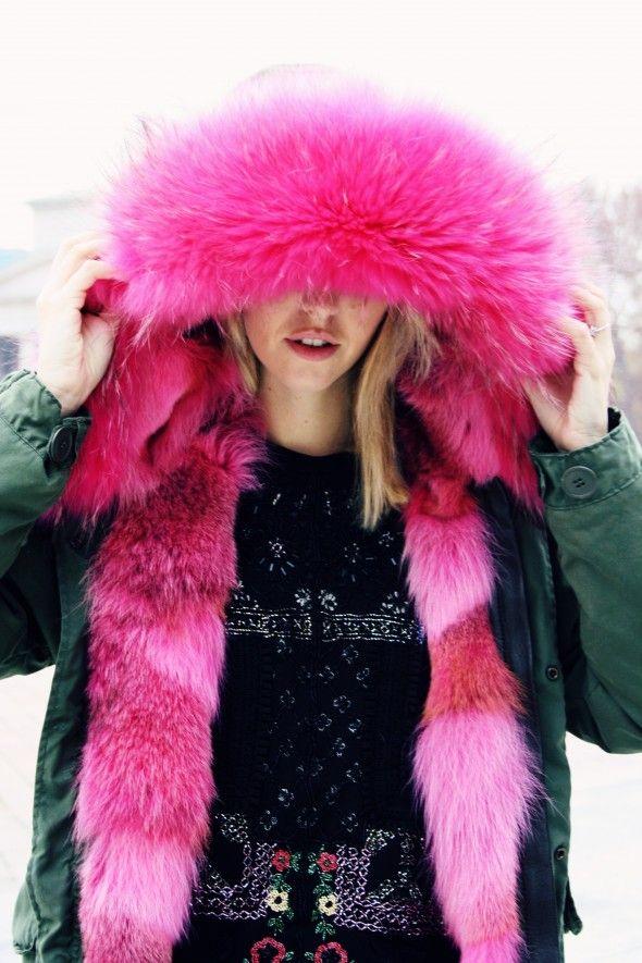 real fur coats on stars   Photo : Andrea Brandolini