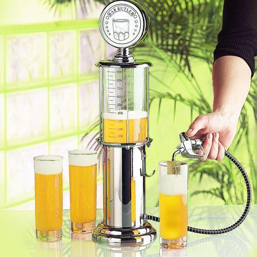 Die einzig wahre Zapfsäule! ;) Dieser Getränkespender ist der Hit in jeder geselligen Bier-Runde. via: www.monsterzeug.de