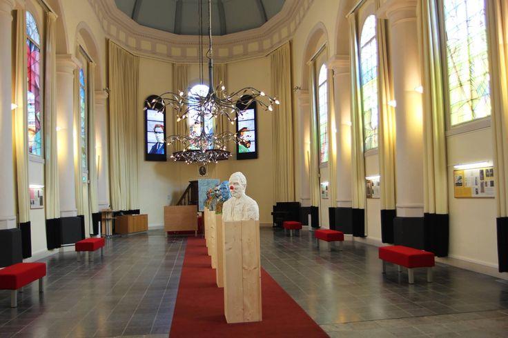 Art project Ien Sluyters, Vincents revival http://www.iensluyters.nl/vincents-revival/ http://www.iensluyters.nl/kunst-explosie-etten-leur/