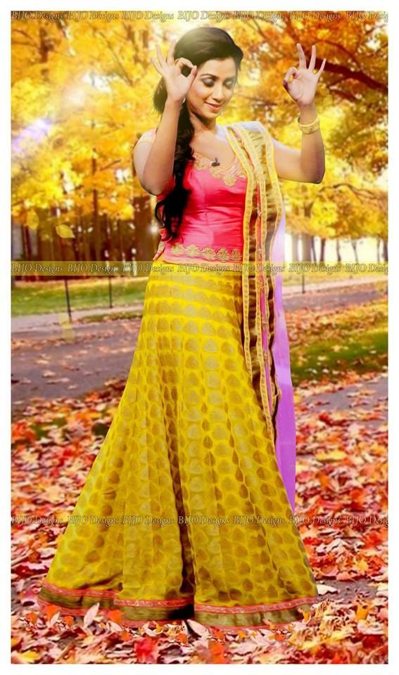 Indian Beauty- Shreya Ghoshal, famous and popular playback singer for Bollywood songs.