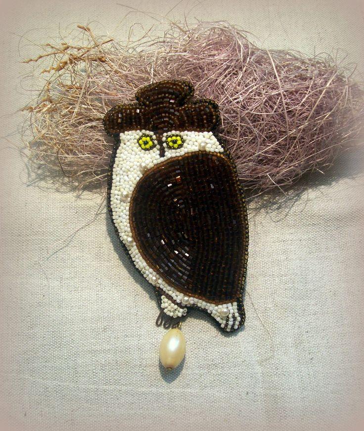 "Helen Kolomoets. Brooch ""White snowy owl"". Bead embroidery. Елена Коломоец  Брошь ""Полярная сова""."
