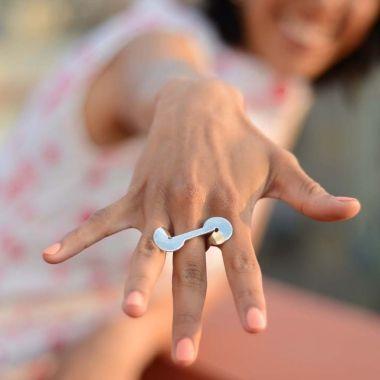 Infinite ring, silver, by Vero Lázár,  Design jewelry, art jewelry, contemporary jewelry, elegant simplicity, minimal, circle, simple