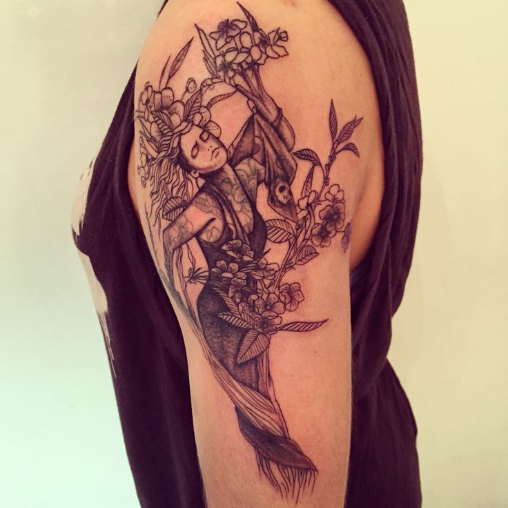 Dafne/enfaD #tagsforlikes #picoftheday #tattoo #tattoing #tattoer #derprinztattoer #tattoedgirl #tattoedman #tattoomilano #tatuaggi #tatuaggio #traditional #tattooblack #tattoocolor #derprinz