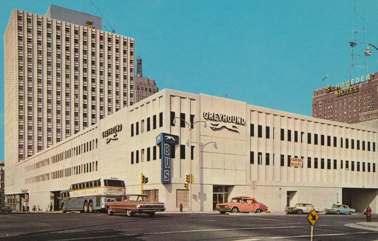 Greyhound-terminal-Milwaukee-Wisconsin-postcard-sent-1968.jpg (2048×1308)