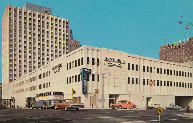 Greyhound-terminal-Milwaukee-Wisconsin-postcard-sent-1968.jpg (2048×1308)