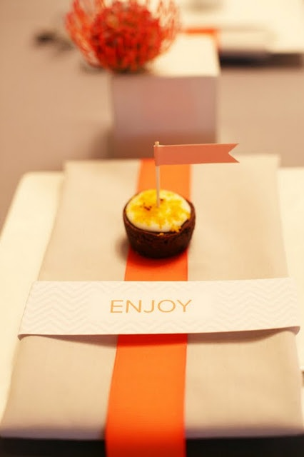 17 best images about orange event decor on pinterest for Place setting images