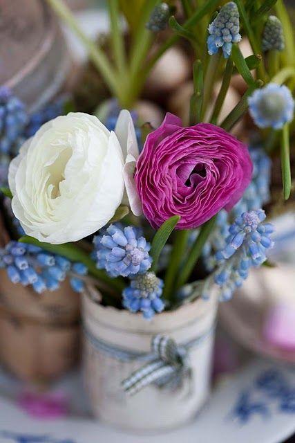 Spring flower arrangement - ranunculus and grape hyacinth