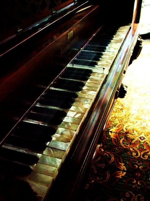 beautiful photo: Beautiful Keys, Ivory Keys, Pearl Keys, Art, Mother Of Pearls, Musical Instruments, Piano Keys