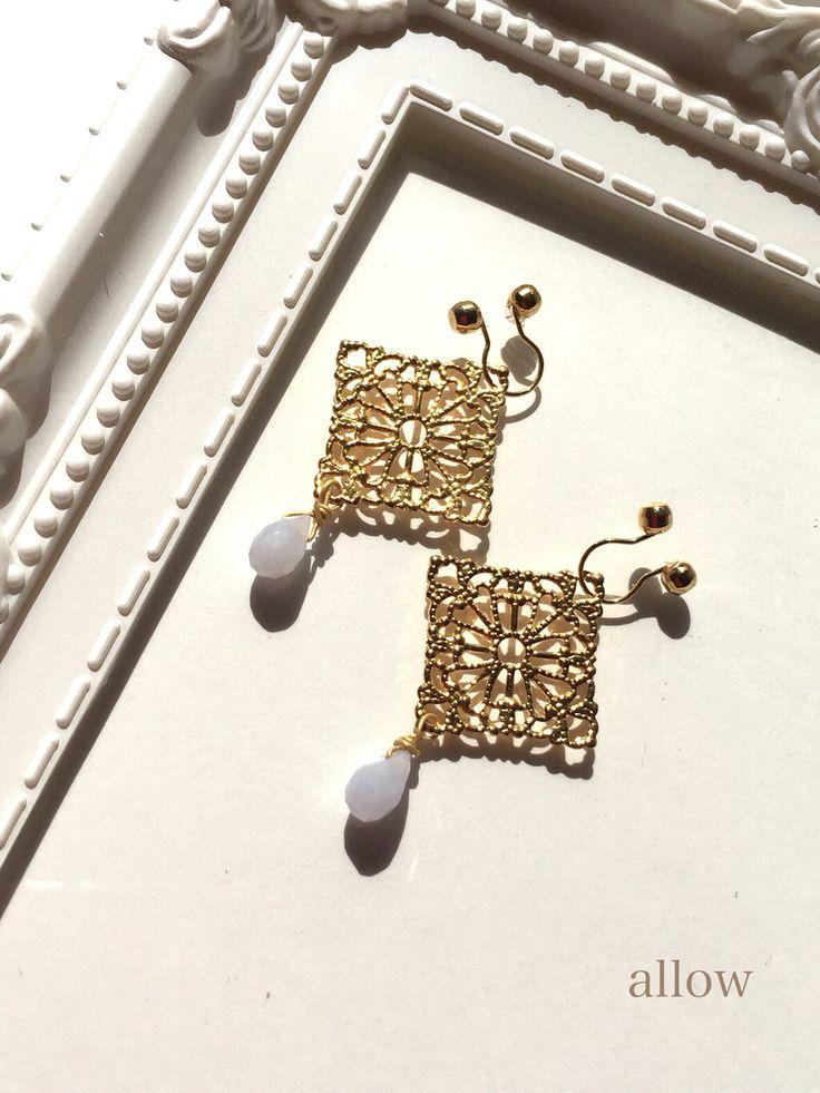 小さなエンジェライトのしずくのイヤリング  ¥3800 https://www.facebook.com/junoallow