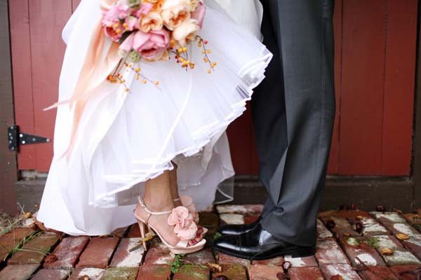 Scarpe-sposa-rosa.jpg (600×400)
