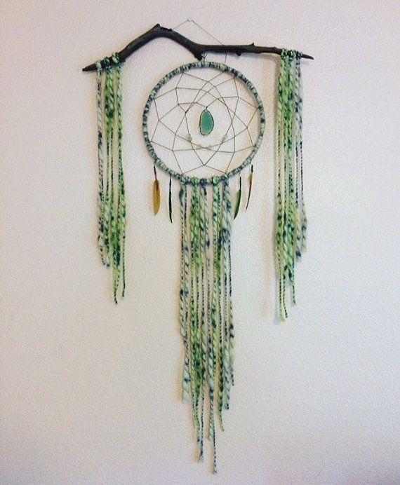 Boheemse drijfhout Dromenvanger. Gemaakt met een 12-ring. De metalen ring is…