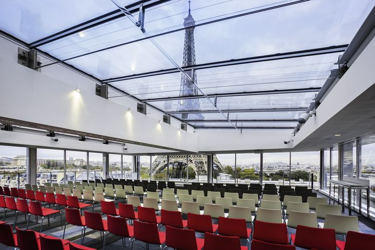 Meeting with view @Pullman Paris Tour Eiffel